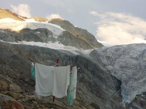 Wäsche bei der Cabane de Moiry